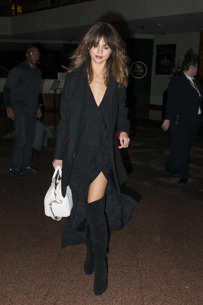Selena Gomez Arrives at Her Hotel in Sydney, Australia 08/08/2016-1