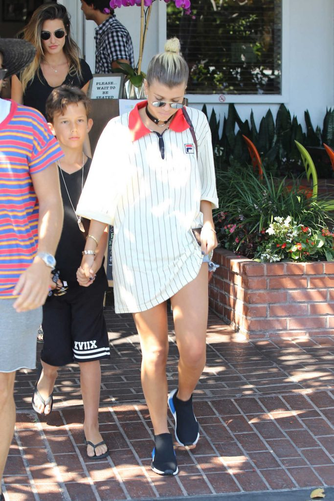 Sofia Richie Leaves Mauro's Restaurant at Fred Segal in West Hollywood 08/18/2016-1