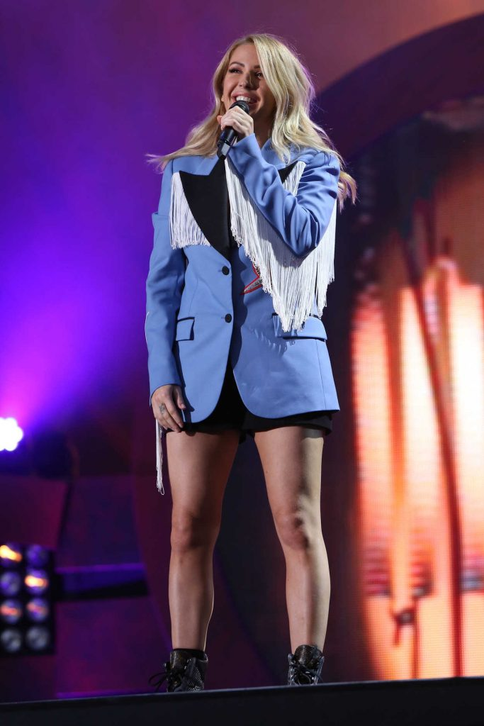 Ellie Goulding at the 2016 Global Citizen Festival in New York 09/24/2016-1
