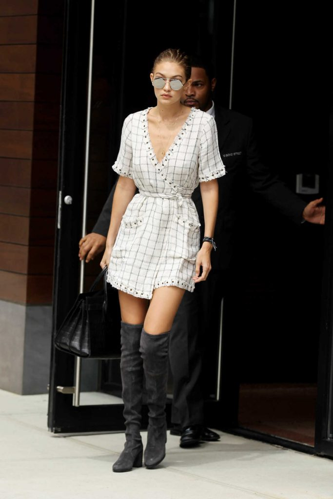 Gigi Hadid Leaves Her Apartment in New York City 09/05/2016-1