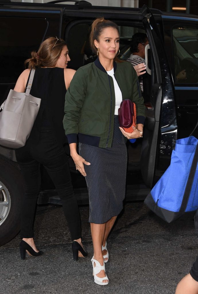Jessica Alba Arrives at the Edition Hotel in New York 09/13/2016-1