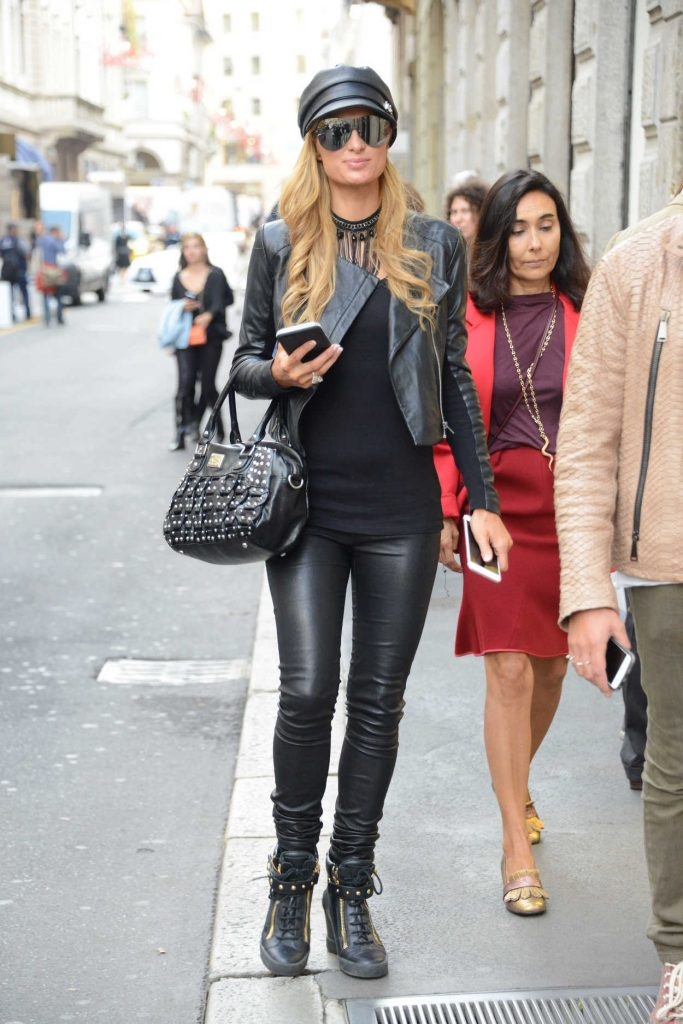 Paris Hilton Was Seen Out in Paris 09/21/2016-1