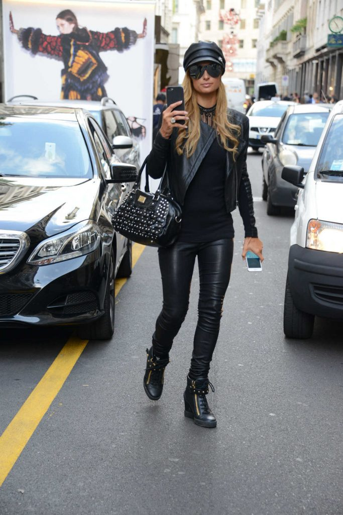 Paris Hilton Was Seen Out in Paris 09/21/2016-2