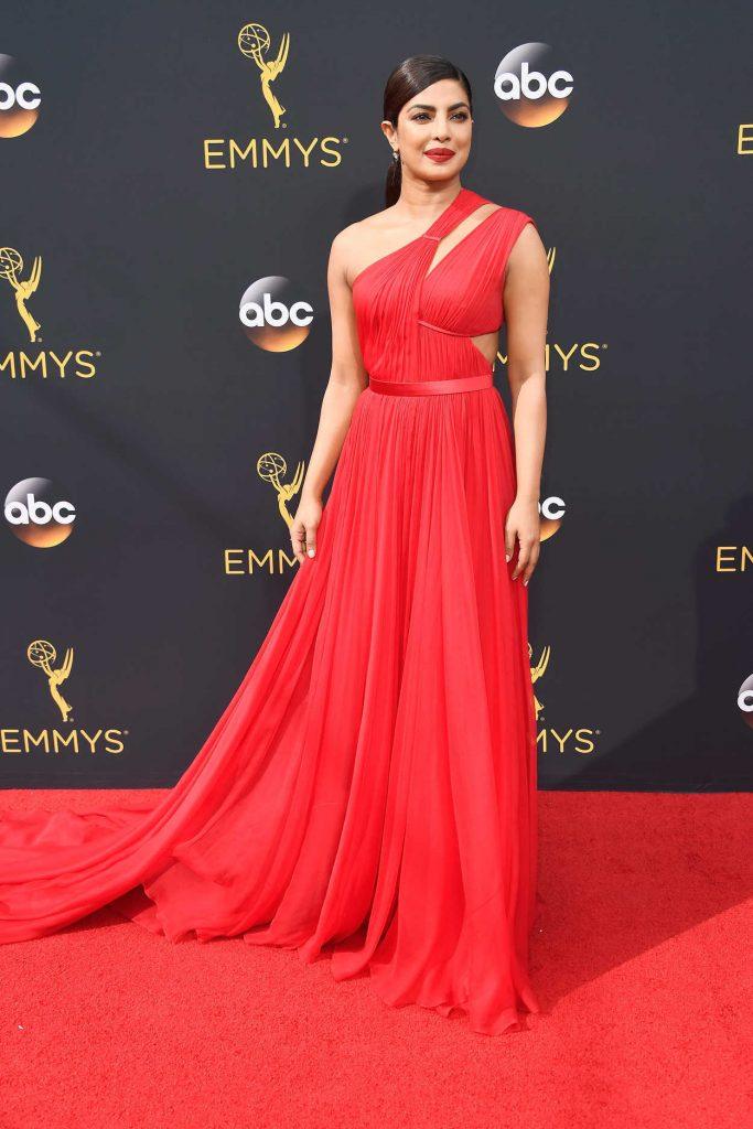 Priyanka Chopra at the 68th Emmy Awards in Los Angeles 09/18/2016-4