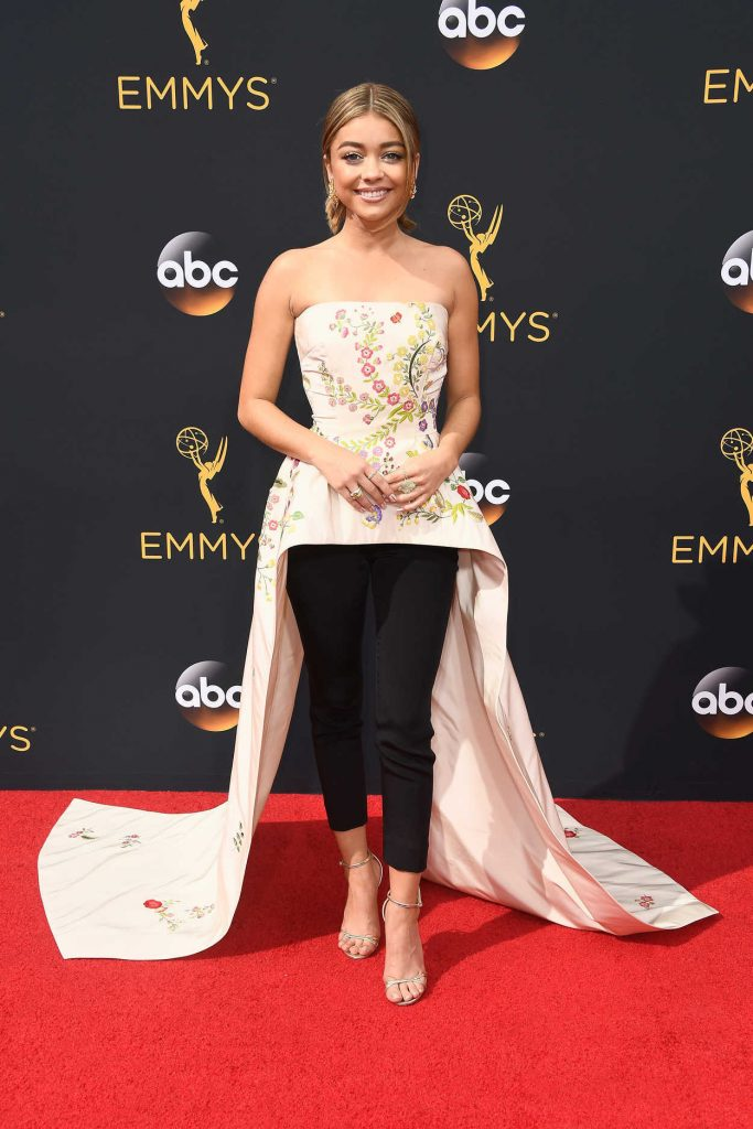 Sarah Hyland at the 68th Emmy Awards in Los Angeles 09/18/2016-1