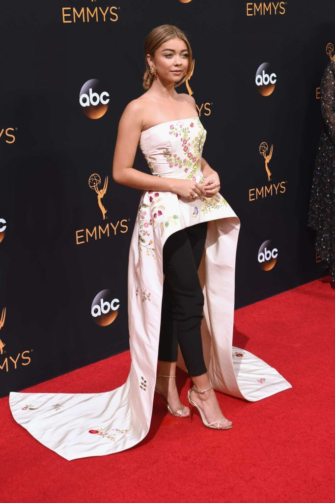 Sarah Hyland at the 68th Emmy Awards in Los Angeles 09/18/2016-2