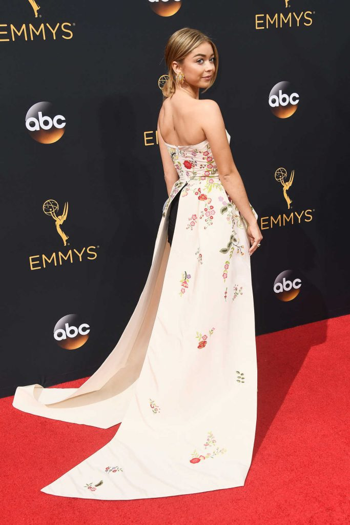 Sarah Hyland at the 68th Emmy Awards in Los Angeles 09/18/2016-3