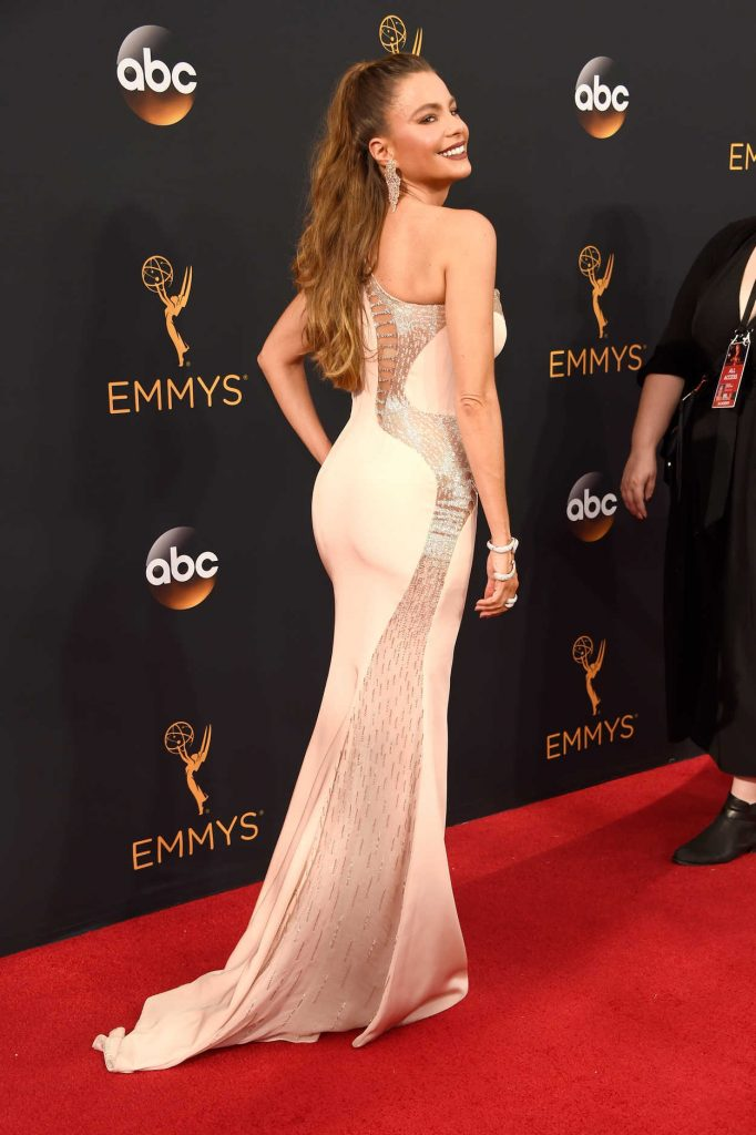 Sofia Vergara at the 68th Emmy Awards in Los Angeles 09/18/2016-3