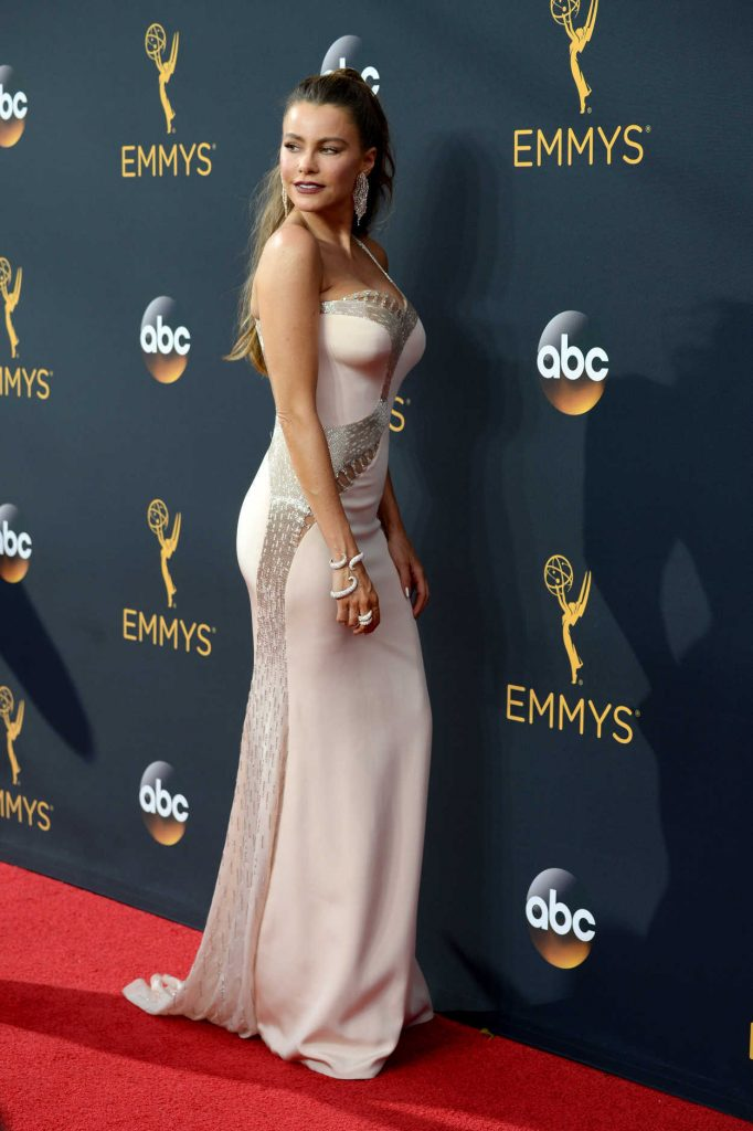 Sofia Vergara at the 68th Emmy Awards in Los Angeles 09/18/2016-4