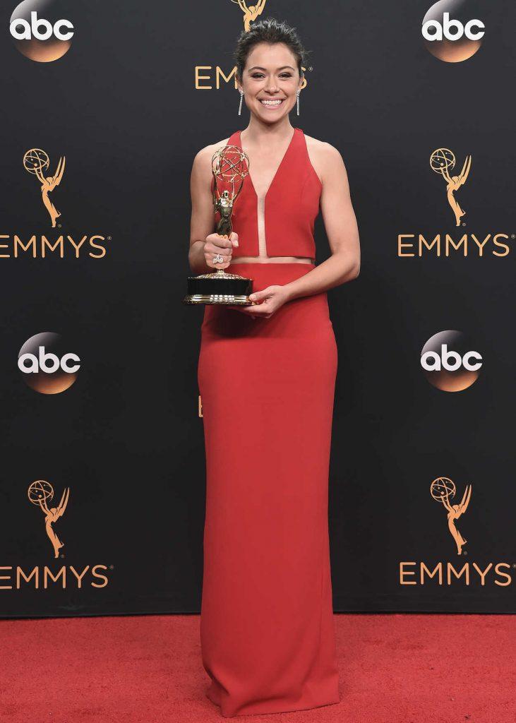 Tatiana Maslany at the 68th Emmy Awards in Los Angeles 09/18/2016-3