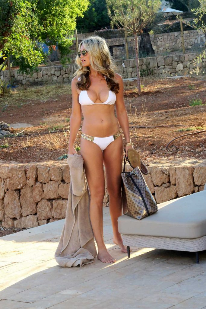 Caprice Bourret in White Bikini in Miami 10/26/2016-1