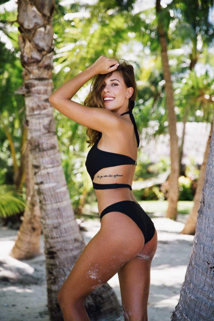 Devin Brugman in Bikini in Miami 10/03/2016-2