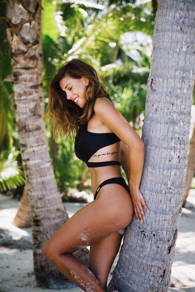 Devin Brugman in Bikini in Miami 10/03/2016-3