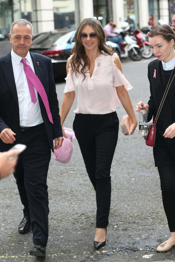 Elizabeth Hurley Arrives at the BBC Broadcasting House in London 10/06/2016-3