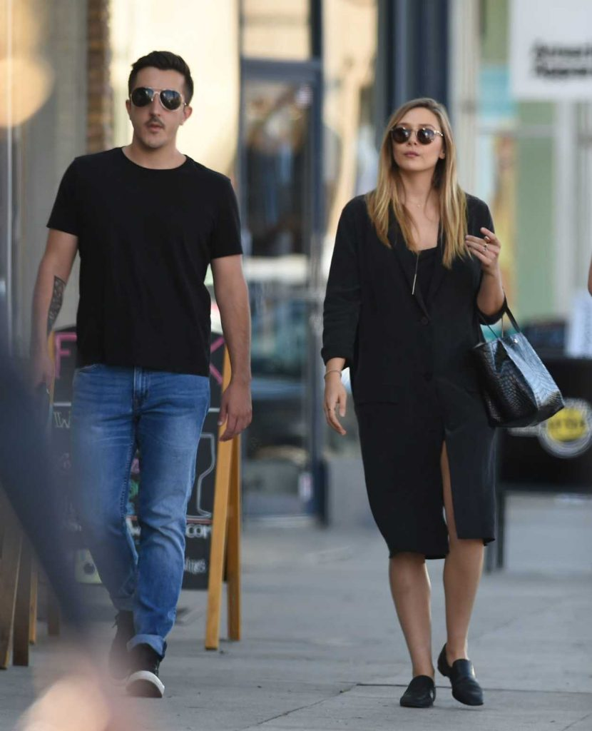 Elizabeth Olsen Was Seen With a Friend Out in in Los Angeles 10/06/2016-1