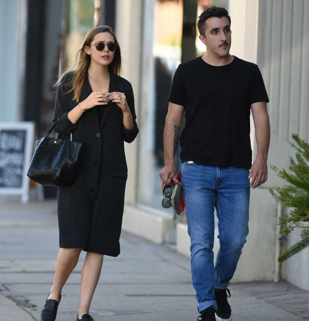 Elizabeth Olsen Was Seen With a Friend Out in in Los Angeles 10/06/2016-3