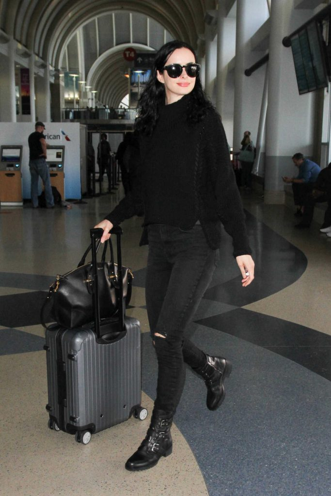Krysten Ritter Was Seen at LAX Airport in Los Angeles 10/07/2016-1