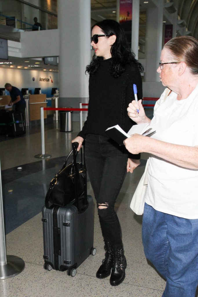 Krysten Ritter Was Seen at LAX Airport in Los Angeles 10/07/2016-3