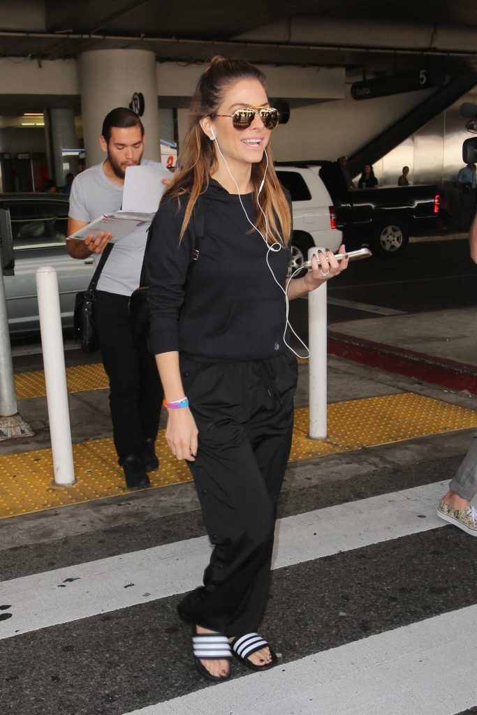 Maria Menounos at LAX Airport in Los Angeles 10/21/2016-1