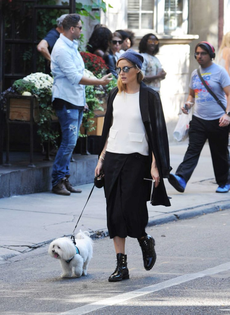 Olivia Palermo With Her Dog Mr Butler Was Seen Out in Soho, New York 10/18/2016-1