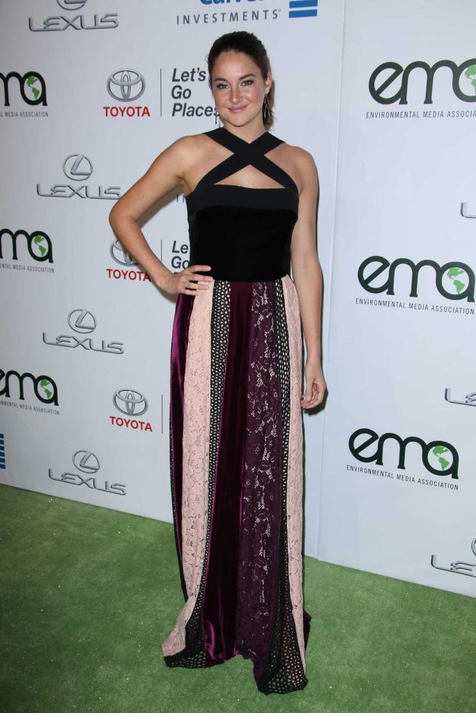 Shailene Woodley at the 26th Annual EMA Awards in Burbank 10/22/2016-2