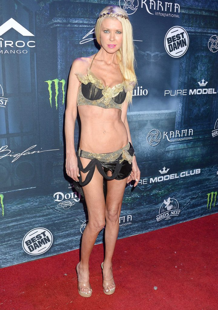 Tara Reid at the Maxim Halloween Party in Los Angeles 10/22/2016-1