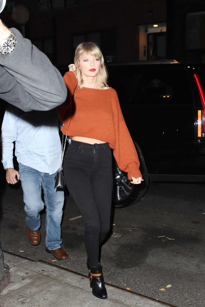 Taylor Swift Out for Dinner in New York City 10/13/2016-1