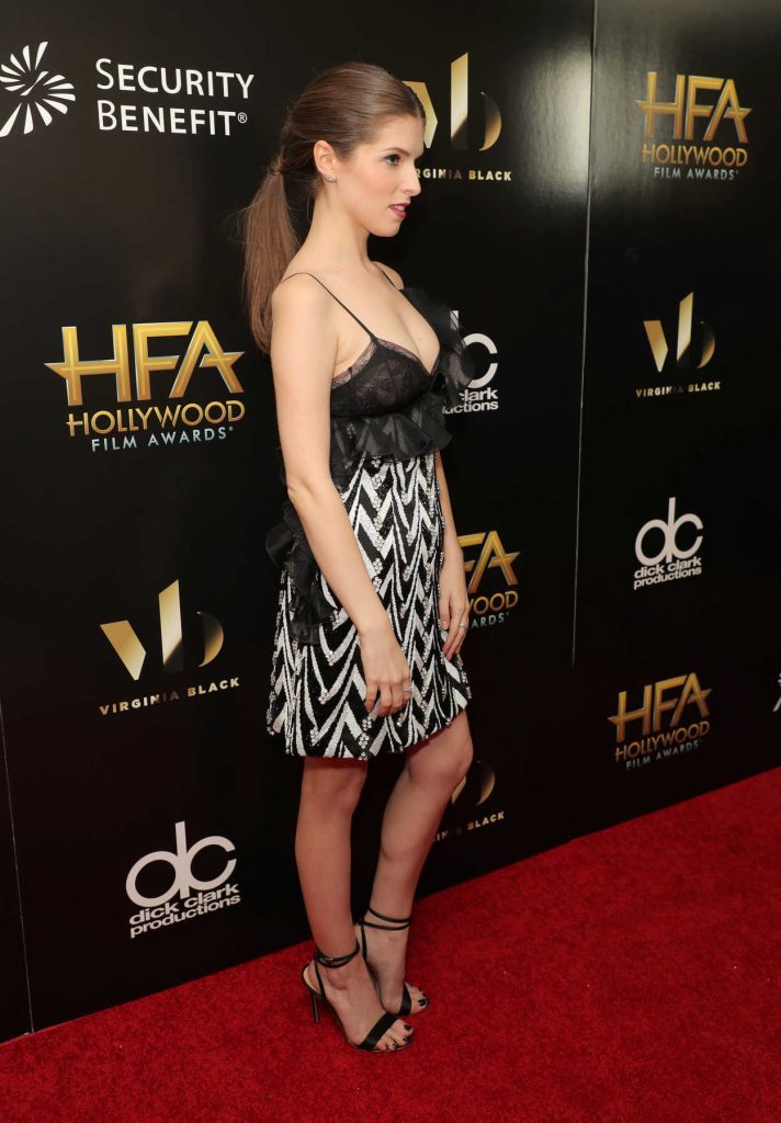 Anna Kendrick at the 20th Annual Hollywood Film Awards in Los Angeles 11/06/2016-2