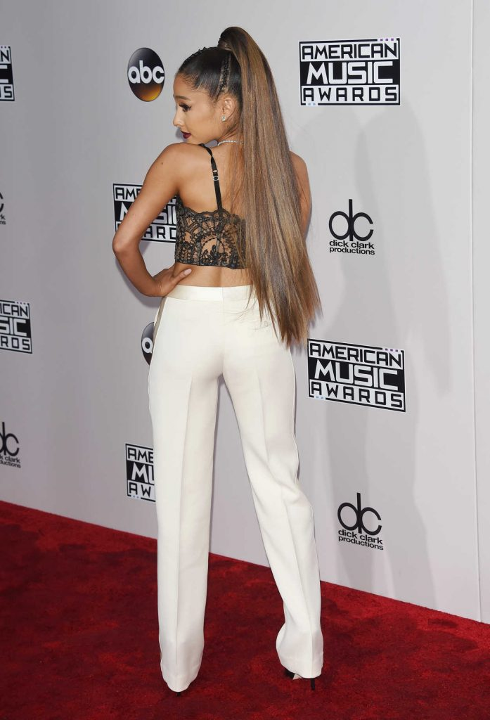 Ariana Grande at the 2016 American Music Awards at the Microsoft Theater in Los Angeles 11/20/2016-4
