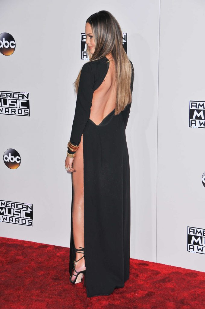 Chrissy Teigen at the 2016 American Music Awards at the Microsoft Theater in Los Angeles 11/20/2016-3