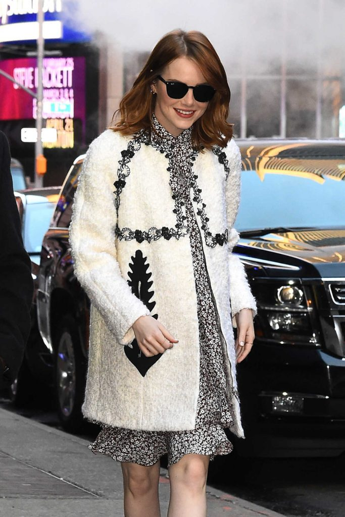 Emma Stone Arrives at Good Morning America in New York 11/27/2016-4