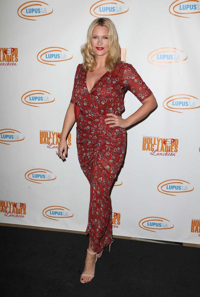 Natasha Henstridge at the Hollywood Bag Ladies Luncheon in Los Angeles 11/18/2016-3
