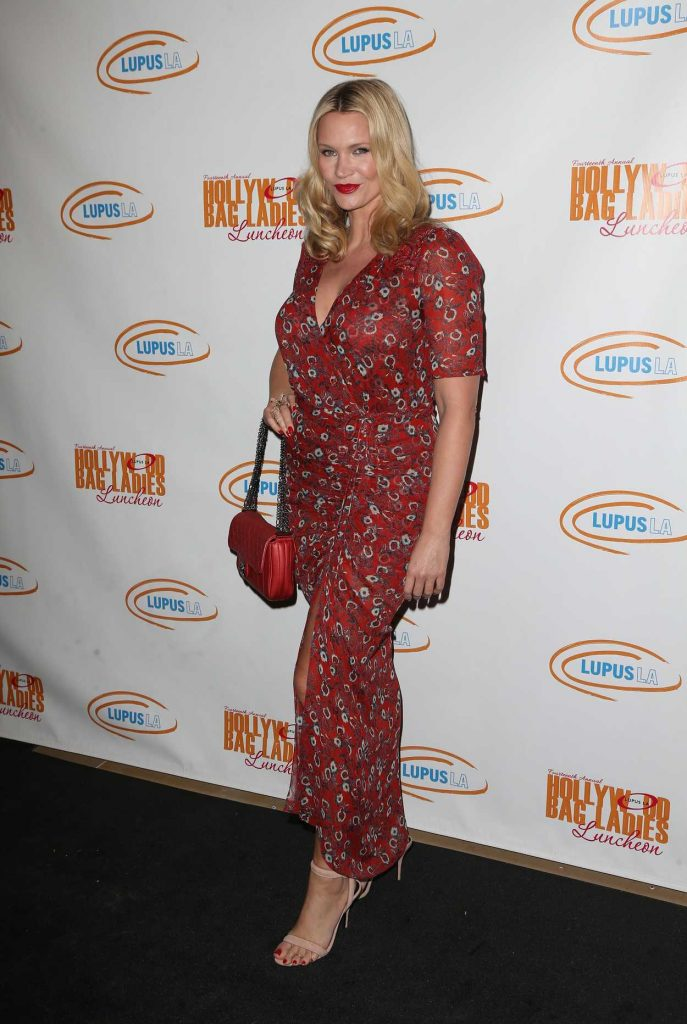 Natasha Henstridge at the Hollywood Bag Ladies Luncheon in Los Angeles 11/18/2016-4