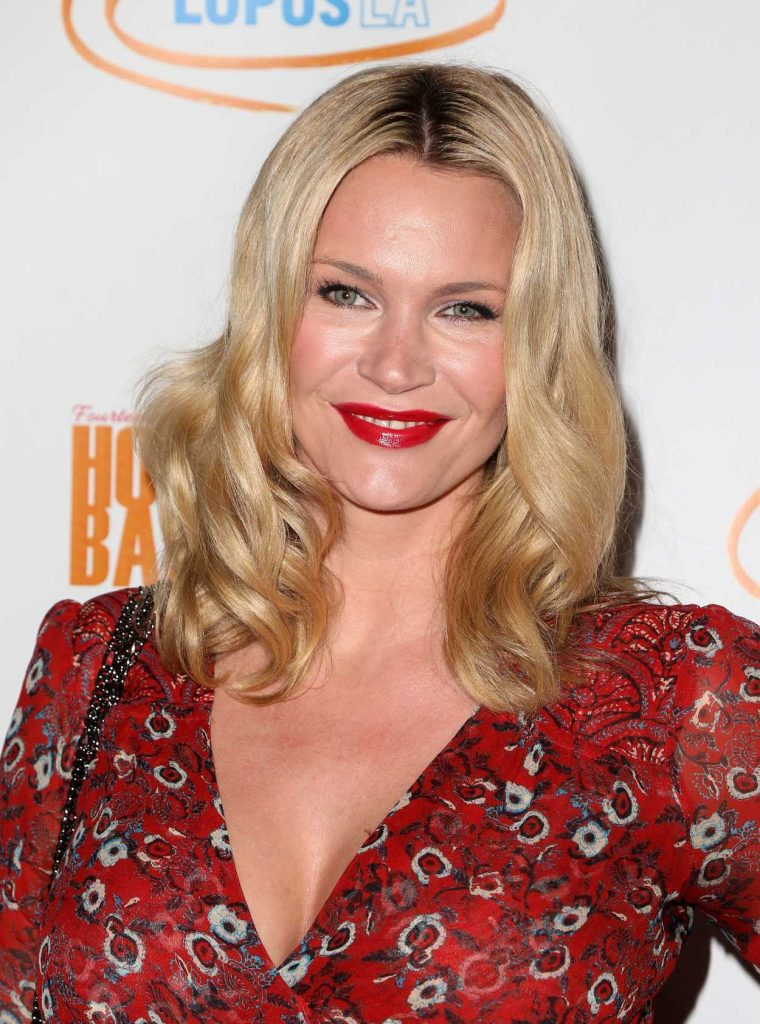 Natasha Henstridge at the Hollywood Bag Ladies Luncheon in Los Angeles 11/18/2016-5