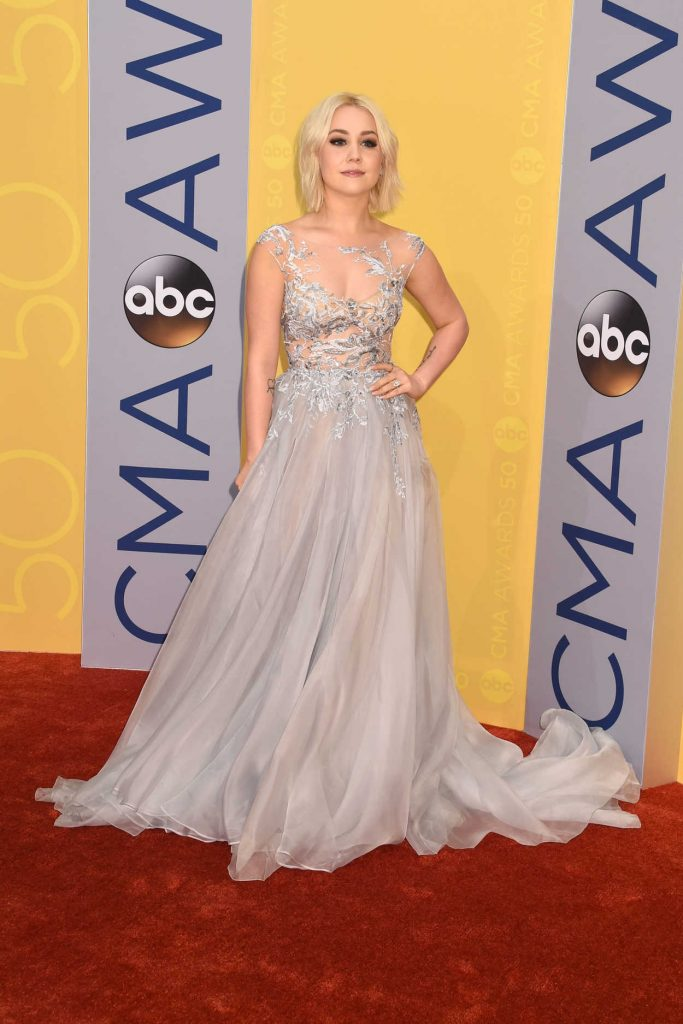 RaeLynn at the 50th Annual CMA Awards at Music City Center in Nashville 10/29/2016-1