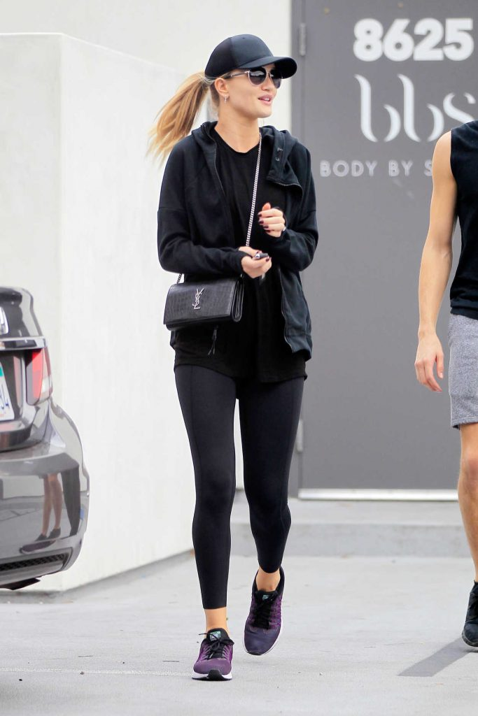 Rosie Huntington-Whiteley Leaves the Gym in West Hollywood 11/27/2016-2