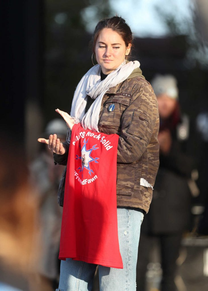 Shailene Woodley at the March on Blocking The Dakota Access Pipeline in Washington 11/27/2016-5