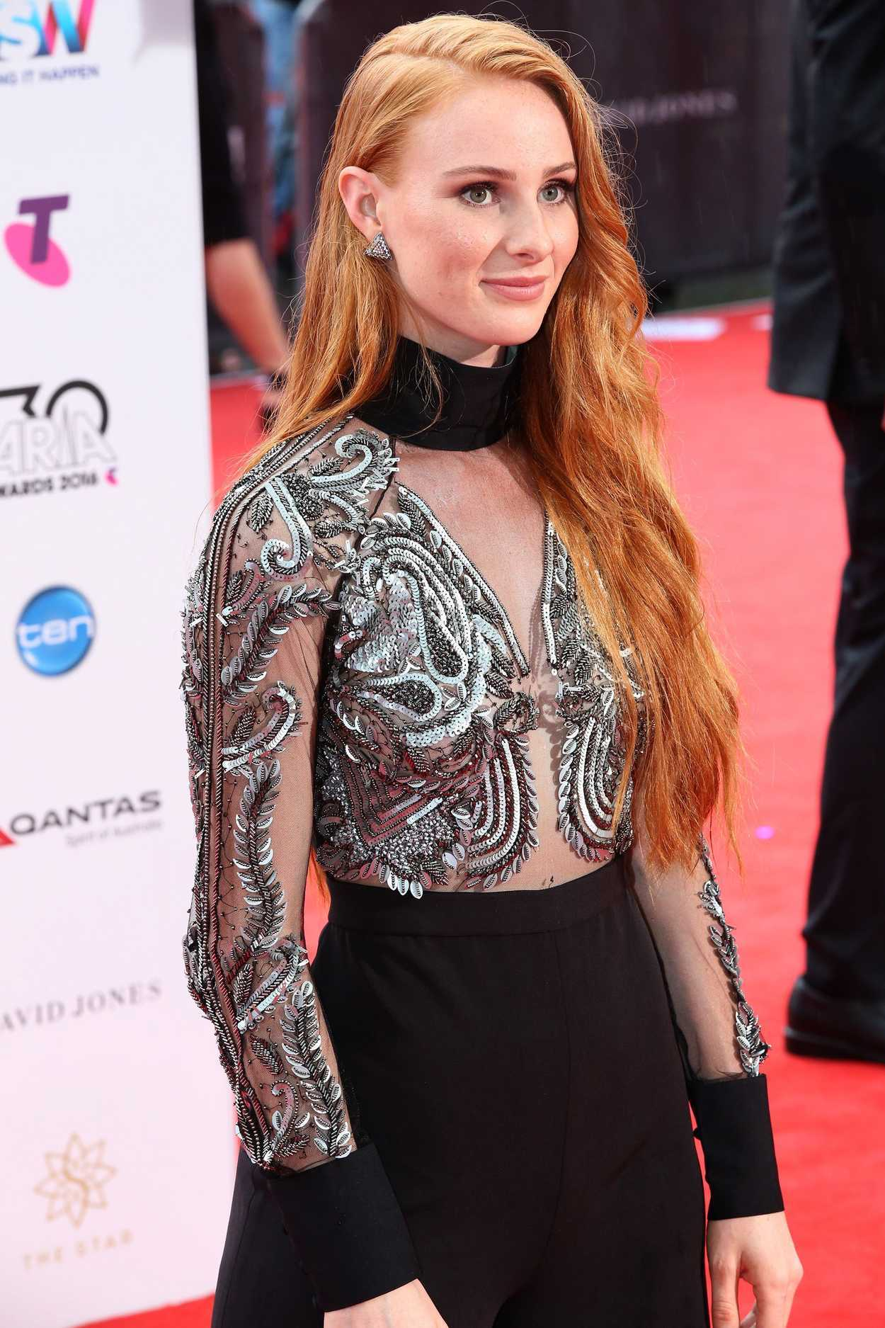 Vera Blue at ARIA Music Awards in Sydney 11/23/2016 ...