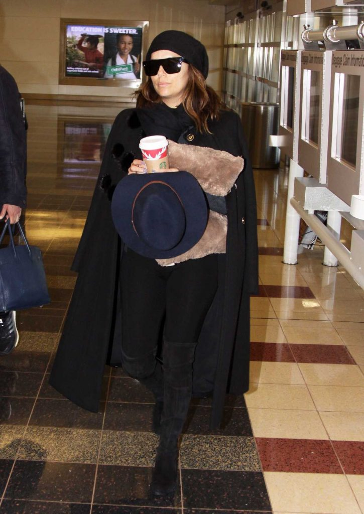 Eva Longoria Was Seen Out in Washington 12/01/2016-1