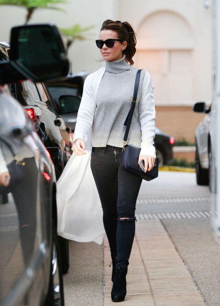Kate Beckinsale Goes Shopping at Barney's New York 12/23/2016-1