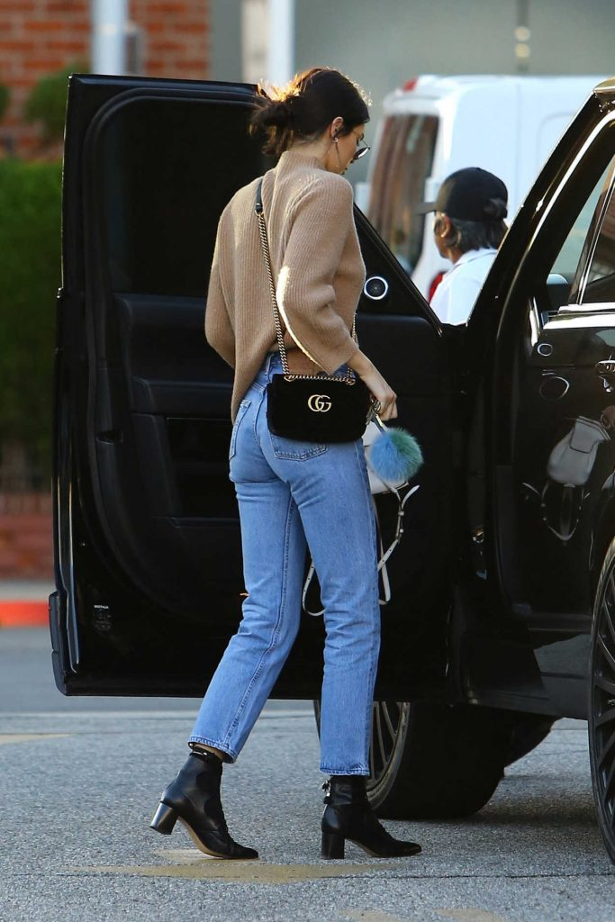 Kendall Jenner Stops by XIV Karats in Beverly Hills 12/28/2016-5
