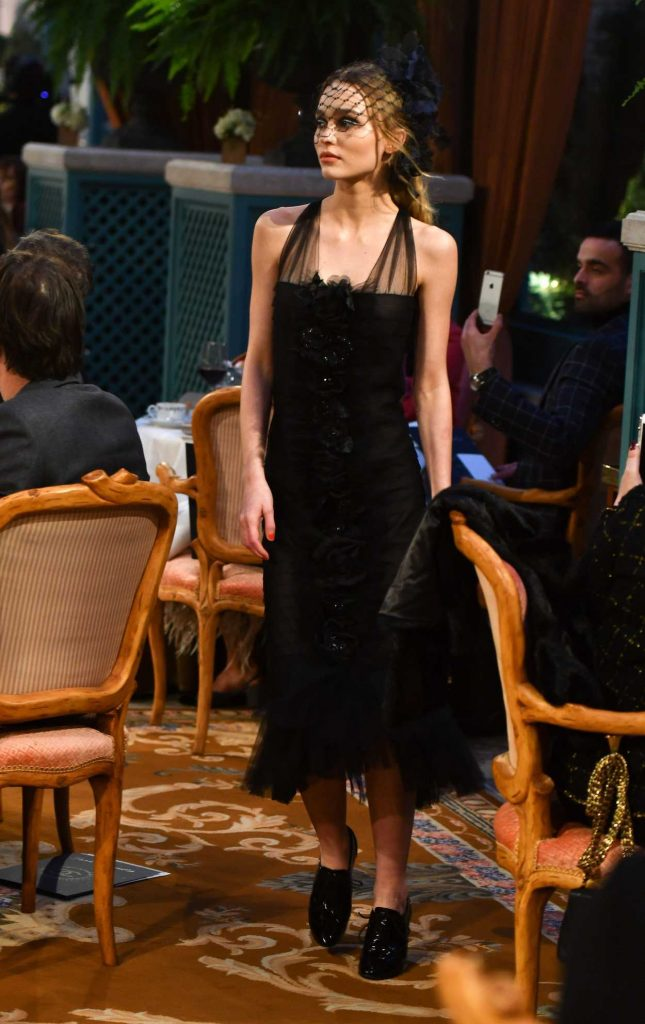 Lily-Rose Depp at the Chanel Fashion Show in Paris 12/06/2016-1