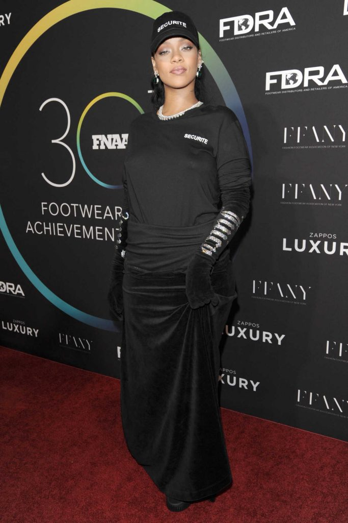 Rihanna at the 30th FN Achievement Awards in New York 11/29/2016-1