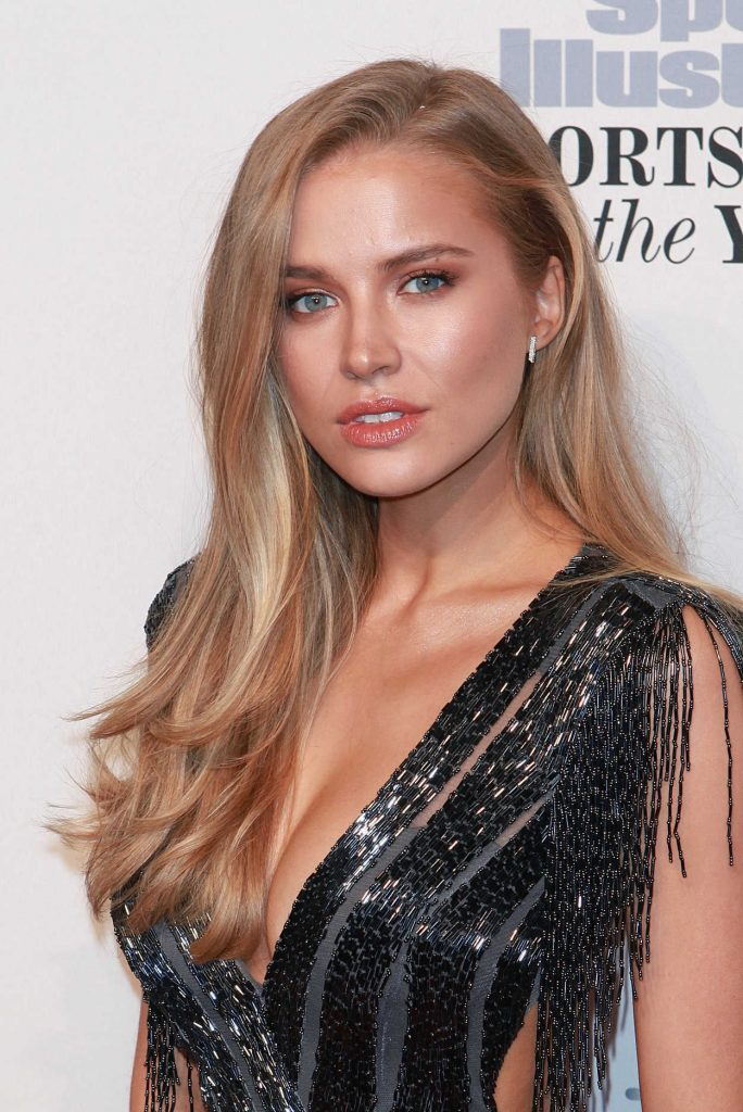 Tanya Mityushina at the Sports Illustrated Sportsperson of the Year 2016 Event at Barclays Center in New York 12/12/2016-5