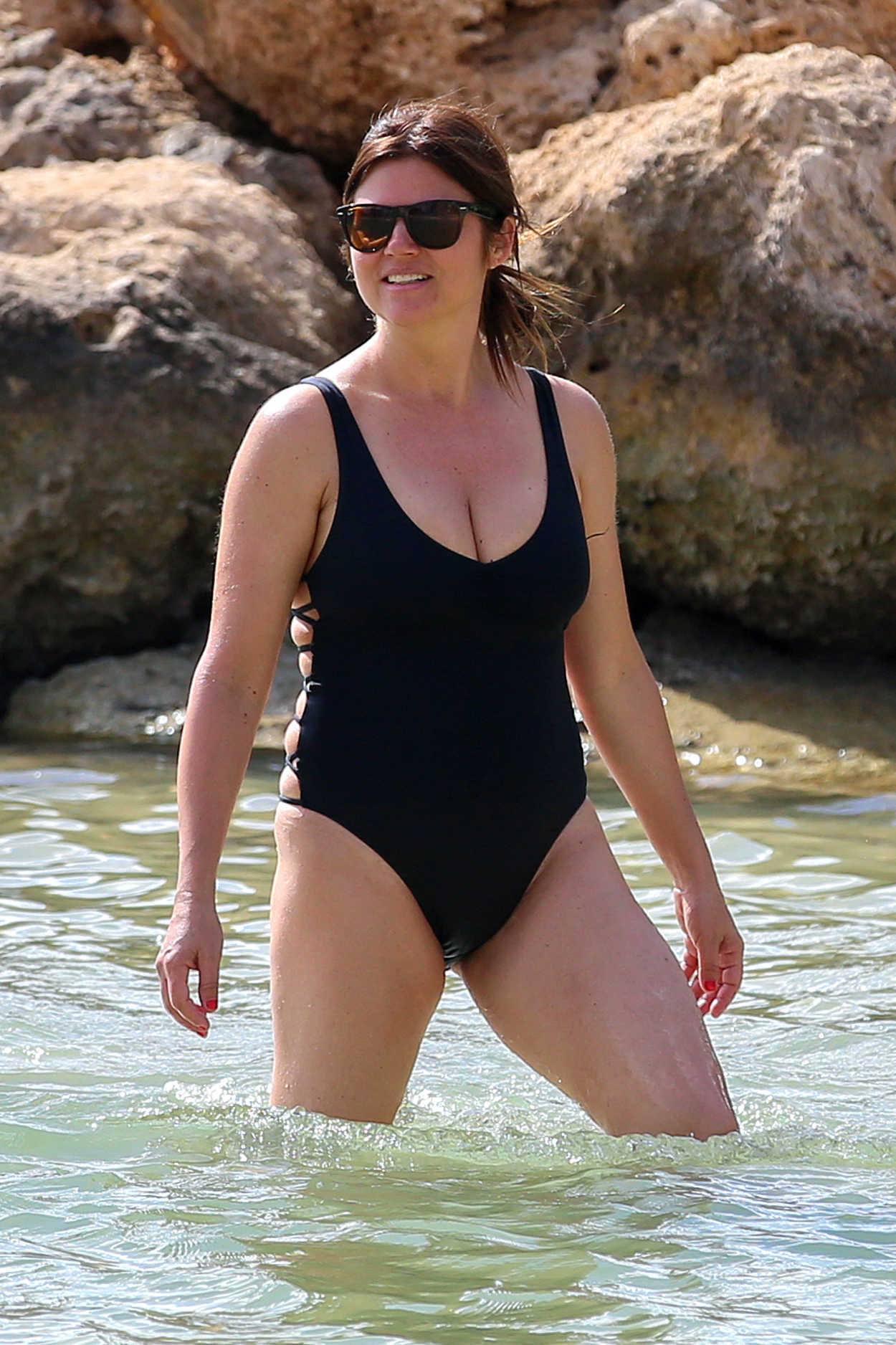 Tiffani Thiessen Wearing a Black Swimsuit at the Beach in ... Victoria Beckham Target
