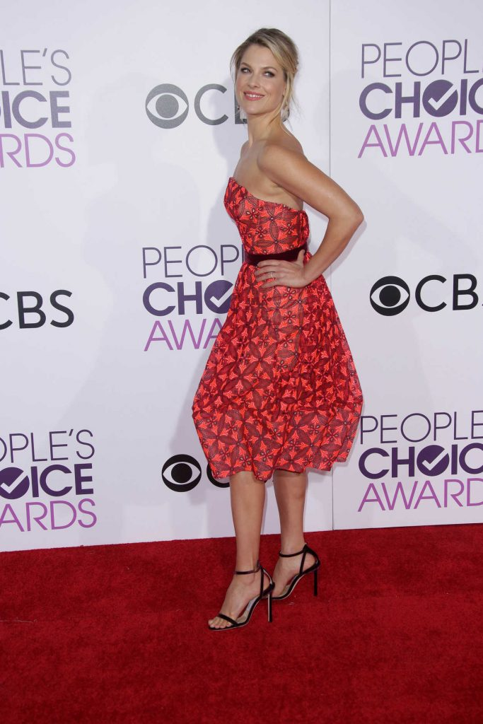 Ali Larter at the 43rd Annual People's Choice Awards in Los Angeles 01/18/2017-4