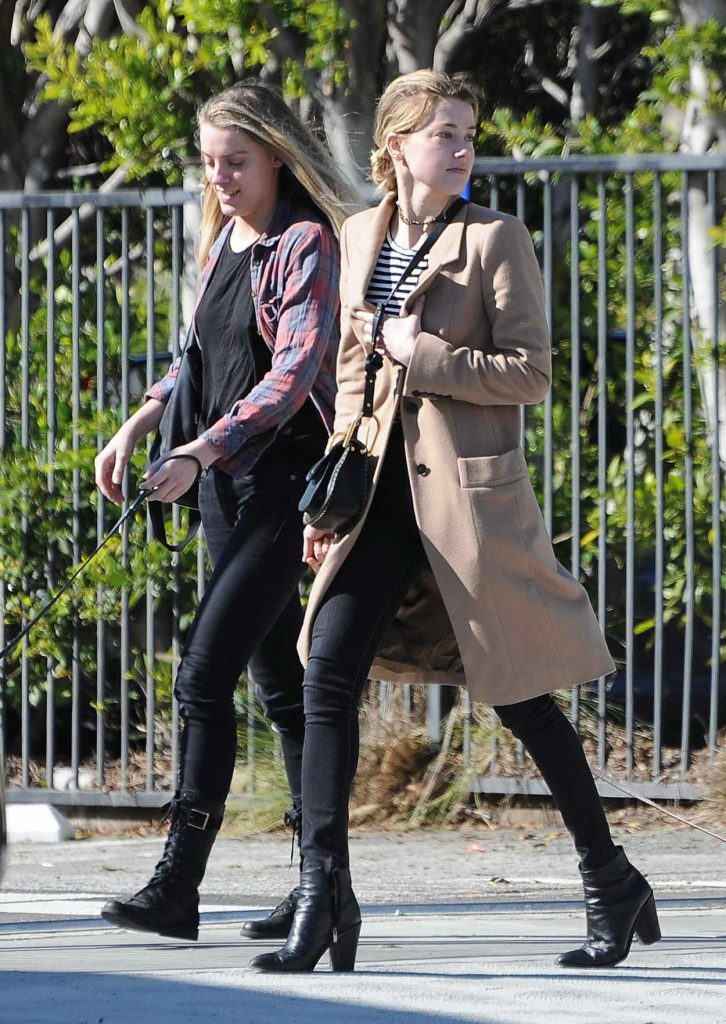 Amber Heard Was Seen Out in Los Feliz 01/26/2017-5