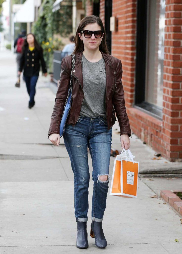 Anna Kendrick Leaves Kate Somerville Skin Care in Beverly Hills 01/03/2017-1