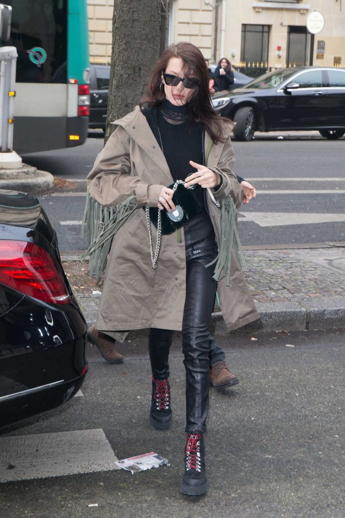 Bella Hadid Out for Shopping in Paris 01/23/2017-1