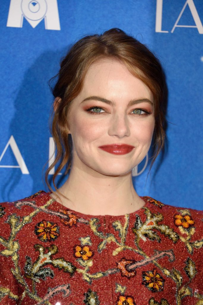 Emma Stone at the La La Land Premiere in Paris 01/10/2017-5